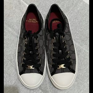 COACH - BRAND NEW Sneakers - WITHOUT TAG 🌸🌸🌸